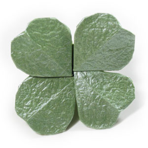 How to make a four-leaf origami clover: page 1 - photo#39